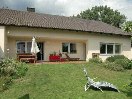 Ruhiges Einfamilienhaus - Bungalow in Ingolstadt-West mit großzügigem Garten
