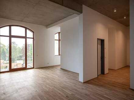 Schnell Kisten packen und einziehen! - Erstbezug in eine moderne 3,5-Raum im Loftstyle