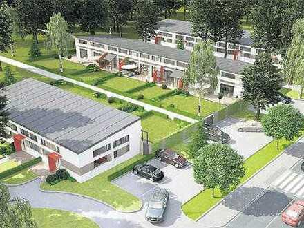geschichtsträchtiges helles Haus mit drei Zimmern, Garten und zwei Stellplätzen (Olym. Dorf)