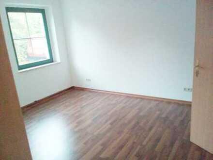 Schöne große 3 Raum Wohnung in Borna bei Leipzig ab sofort