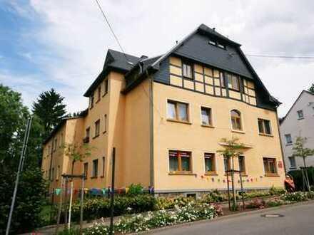 Moderne 2-Raum-Wohnung mit schönem Tageslichtbad in Gersdorf!