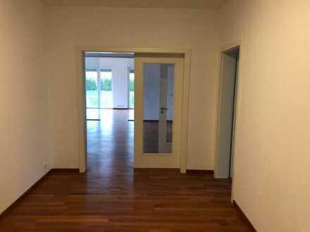 *PROVISIONSFREI* Stadtvilla Zweifamilienhaus Kirchlengern (Kreis Herford)
