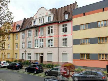 Bezugsfreie 4-Raum-Wohnung mit Balkon + Loggia in der Anger-Siedlung