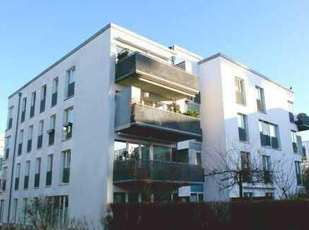 Lokstedt: Barrierefreie 2-Zimmer-Wohnung, 400m zur U-Bahn