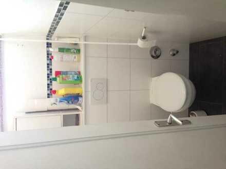 Zwischenmieter für helles gräumiges 16qm Zimmer mit der perfekten Lage in Bremen gesucht :)