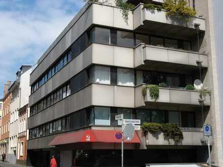Erstbezug nach Sanierung: kleine 2-Zimmer-Wohnung mit EBK in Bonn