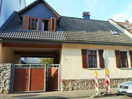 Schönes charmantes Einfamilienhaus in Mainz-Mombach zu verkaufen!