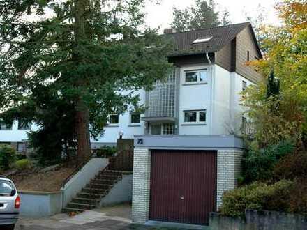 Urgemütliche, helle 1-Zimmer-Dachgeschosswohnung mit EBK in Kaiserslautern