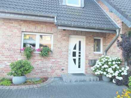 Wohnen in besonderer Lage Komfortable Doppelhaushälfte in Nettetal Hinsbeck