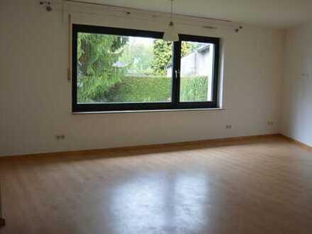 1-Zimmer-Erdgeschosswohnung mit Einbauküche
