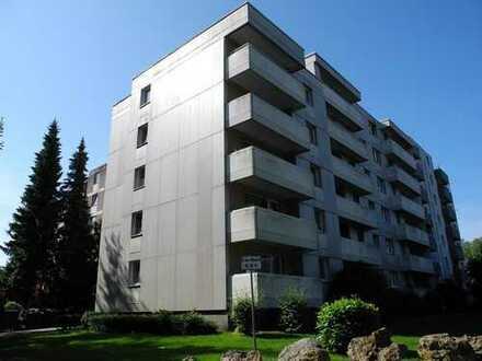 Moderne sanierte 3-Zimmer Wohnung mit Panoramablick auf Aachen !