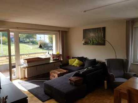 Sonnige 3,5-Zimmer-Wohnung mit Balkon in Niefern-Öschelbronn