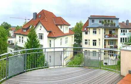 Traumhafte 5-Zimmer-Maisonette-Wohnung mit 2 Balkonen in ruhiger Top-Lage!