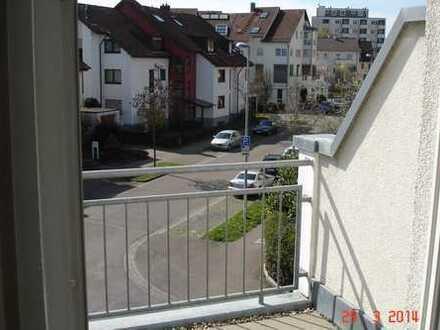 Schöne gepflegte 1-Zimmer-DG-Wohnung mit Balkon in Ludwigsburg Oststadt