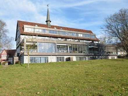"Dunekamp news - ""Mountain Lodge"" – Top vermietete ETW in feinster Oberurseler Parkanlage"