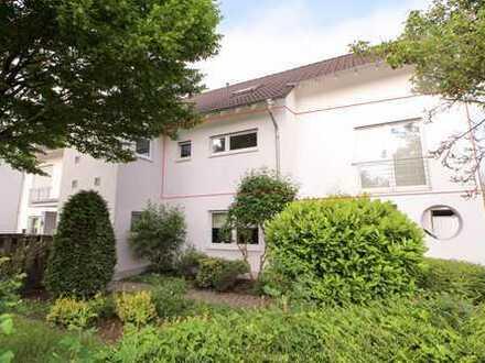 Zentrumsnahe 3-Zimmer-Wohnung mit Balkon und Küche in ruhiger Lage