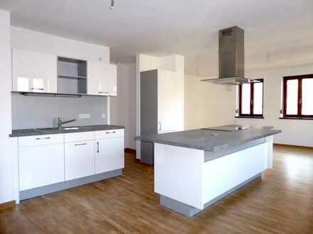 Hochwertige, geräumige 2-Zimmer-Wohnung in bester Altstadtlage