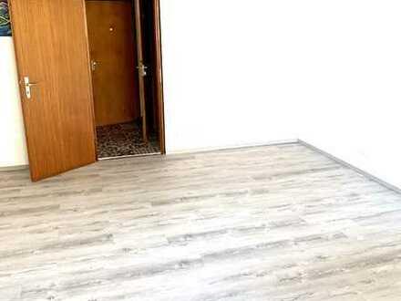 Erstbezug zum 15.07.2020 nach Sanierung: Exklusive 1-Zimmer-Wohnung in Straubing (APP. 8)