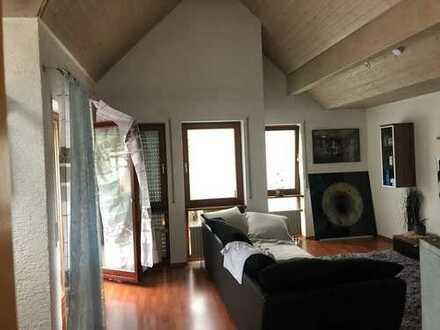 3,5-Zimmer-Wohnung mit Balkon und EBK in Berglen - Hößlinswart