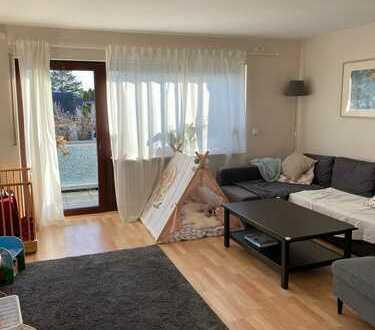 Große und helle 4-Zimmerwohnung in ruhiger Lage und in kleiner Wohneinheit!