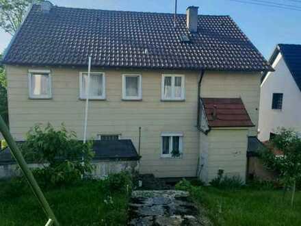 **Mehrfamilienhaus in kinderfreundlicher Umgebung der Schwäbischen Alb**