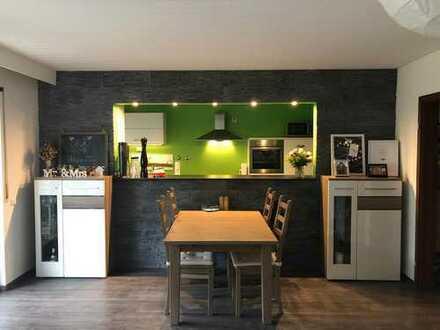 Modernisierte 3-Zimmer-Wohnung mit Balkon und Einbauküche in Schwetzingen
