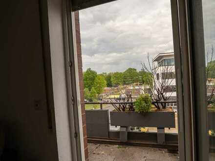 2,5 Zimmer Wohnung, Schüren zentrale Lage, Küche, Balkon, Fußbodenheizung