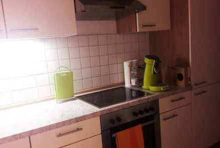 Gepflegte 2-Zimmer-Wohnung mit Balkon und Einbauküche in Pfarrkirchen