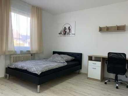Ab 450 € Warmmiete, 17 m², WG Zimmer voll möbliert !!! Erstbezug nach Sanierung !!!
