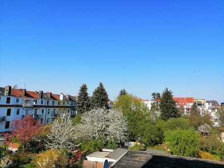 Wohnen in der Neustadt - schöne 2-Zimmer Whg. mit zwei Balkonen, EBK und Badewanne -