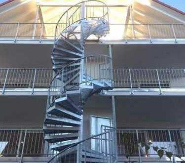 NEUBAU - Erstbezug 4-Zimmer-DG-Wohnung  mit Aufzug in die Wohnung