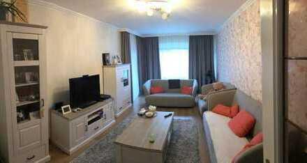 Sanierte 4-Zimmer-Wohnung mit Balkon und EBK in Gummersbach