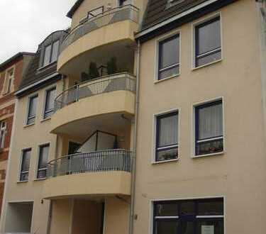 2-Zimmer-Wohnung mit Loggia, großem Badezimmer und PKW-Stellplatz in Zwickau-Marienthal