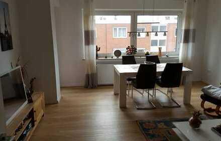 Ruhige, sonnige, top renovierte drei Zimmer Wohnung in Oldenburg, Bürgerfelde