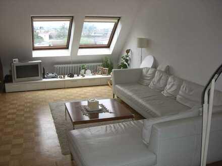 Modernisierte 4,5-Raum-Wohnung mit Balkon und EBK in Walldorf-69190
