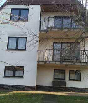Gepflegte 4-Zimmer-Erdgeschosswohnung mit Balkon im Stadtteil von Friedberg