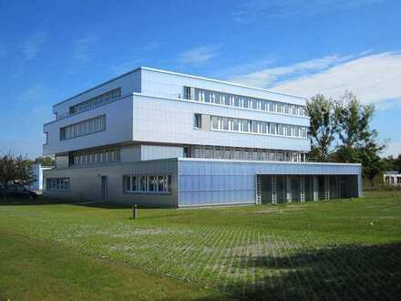 Moderne Büros im STIC - Galsfaseranschluss, Parkplatz, E-Ladesäulen, Wachschutz