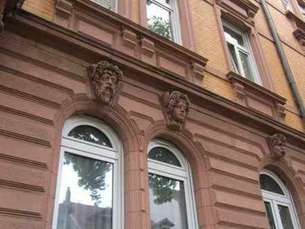 Exklusive Altbauwohnung in FT-City