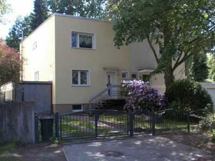 Schönes Haus mit vier Zimmern in Berlin, Frohnau (Reinickendorf)