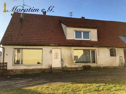 ***Geräumiges Einfamilienhaus mit großen Reiterhof***