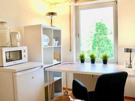 möbliertes Zimmer in 10er-WG (KA-Waldstadt)