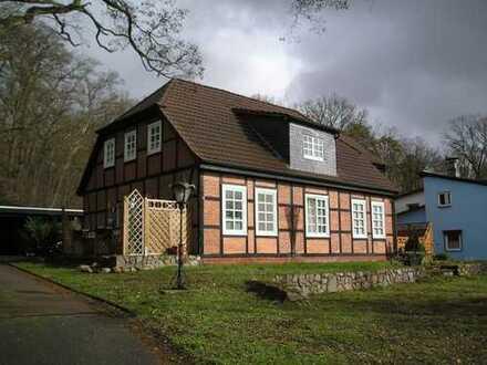 Wohnhaus mit vier Wohnungen in Clenze