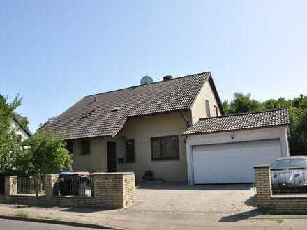 Topp Gelegenheit! Einfamilienhaus mit großem Grundstück in Hummelsbüttel