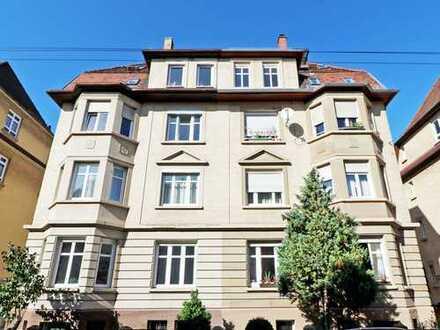 Wohntraum in einem Stadthaus aus der Gründerzeit: Helle 2,5-Zimmer-Wohnung mit 2,85 m Raumhöhe