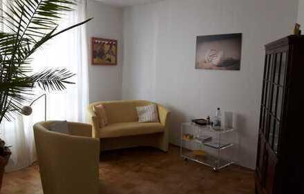 möblierter Praxis- Beratungsraum (26 m2) im Zentrum von Handschuhsheim von privat unterzuvermieten