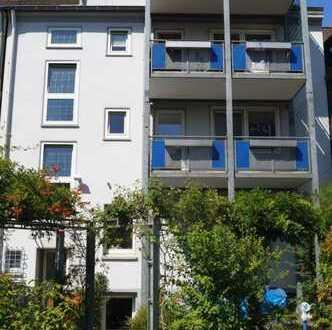 Gepflegte 3,5-Zimmer-Wohnung mit Balkon, EBK, Gartennutzung und eigenem Kamin in Marl