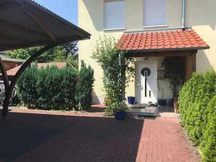Schönes, geräumiges Reihenendhaus mit 6 Zimmern in Göttingen (Kreis), Rosdorf