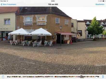 Gaststätte , Pension , Eiscafe ( Ratskeller Bad Salzelmen)
