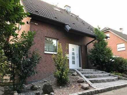 Freistehendes Einfamilienhaus mit 7 Zimmern in Top Lage Bottrop, Boy