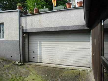 ca. 60 m² Lager (Doppelgarage) und Nebenraum + WC zu vermieten